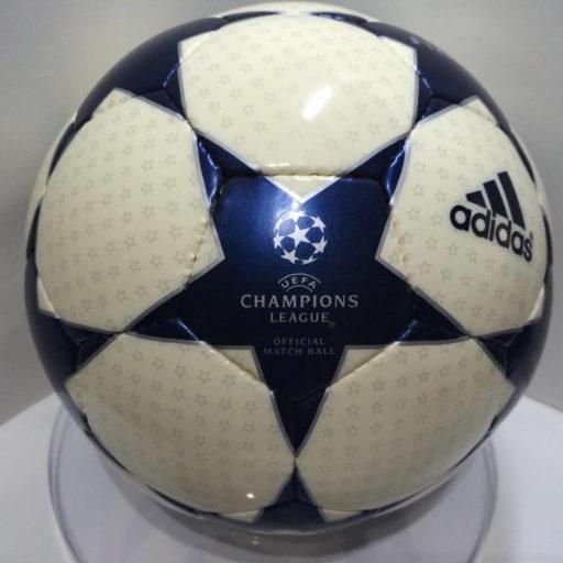 Balón de Champions Adidas Finale 2003