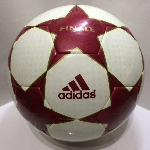 Balón de la Champions 2004-2005